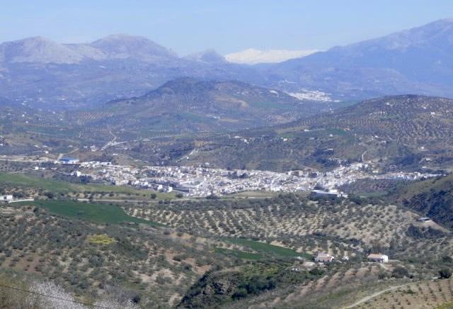 riogordo-tussen-de-bergen